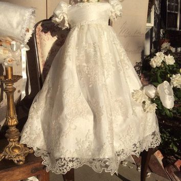2017 Infant Baby Girl Christening Dress Todder Baptism Gown Lace Satin White/Ivory With Bonnet With Shoes Free Shipping