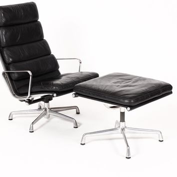 Vintage Herman Miller Aluminum Group Lounge Chair and Ottoman in Black Leather