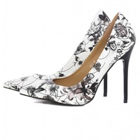 Floral Printed Court Pointy Heeled Shoe