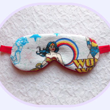 Sleeping Mask - Wonder Woman Sleep Mask - Red Fleece - Soft Dark Travel Eye Mask - Elastic - Gift - DC Comics - Wonderwoman