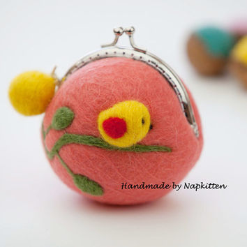Wool felted bag wallet Coin Purse Coin Pouch Change bag with Metal Frame Oragne Bird Handmade