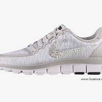 NIKE free 5.0 v4 shoes w/Swarovski Crystals Zebra White/Wolf Grey/Metallic Silver