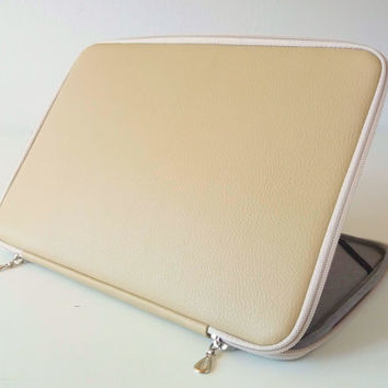 Laptop tan leather case,beige laptop case,laptop leather sleeve,zipper,laptop 10-17 inch,macbook,