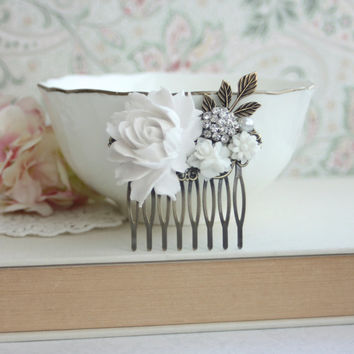 White Flowers Comb, Rose, Pearl, Rhinestone Diamente, Brass Leaf Sprig, Pearl Antiqued Brass Hair Comb. White Vintage Style, Bridal Wedding