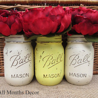 Set of 3 Painted Mason Jars, White Yellow, Pint Sized Distressed Home Wedding Decor, Rustic Shabby Chic Floral, Country, Summer Holiday