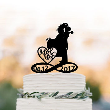 Mr and Mrs Wedding Cake topper with bride and groom silhouette, custom date in infinity wedding cake topper funny