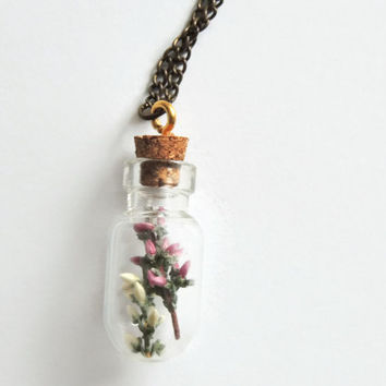 Dried flower glass vial necklace,  Terrarium pendant, Dried Pink and White Heathers Jewelry, botanical bottle necklace, Boho, cork jewelry