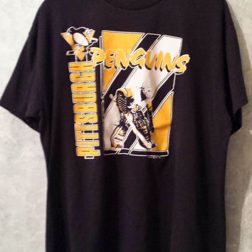 True Vintage 1980s Pittsburgh Penguins Hockey T Shirt, Men T Shirt Size XL, Black and Gold