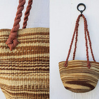 VINTAGE 1970s Woven Straw Basket Purse | Sisal Market Tote | Straw Beach Bag | Ethnic Jute Bag | Boho Hippie Festival Purse