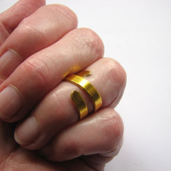 Mid Knuckle Ring, Gold Twist Knuckle Ring, Middle Finger Ring