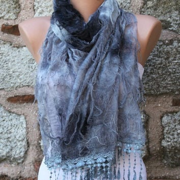 "Gray Scarf -  Cowl with Lace Edge ""Butterfly effect"""