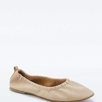 Jesse Nude Ballet Flats - Urban Outfitters