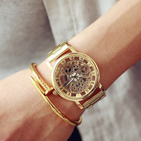 New Famous Brand Luxury Fashion Casual Stainless Steel Men Skeleton Watch Women Dress Wristwatch Leather Quartz Hollow Watch