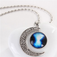 Vintage Star And Crescent Artificial Gemstone Pendant Necklace