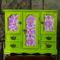 Large Vintage Green /  Chartreuse Jewelry Box
