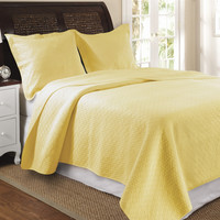 Twin size 100-percent Cotton Quilt Set with Diamond Pattern in Yellow