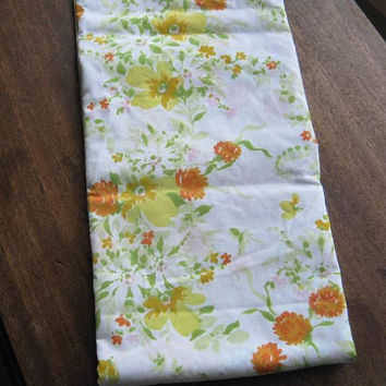 "Mod Yellow/Green/Orange Flower Print Flat Sheet; '70s Vintage 68x94"" Cotton Blend Garden Floral Print Twin Bed Sheet; U.S. Shipping Included"