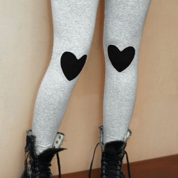 Black heart patched leggings in grey
