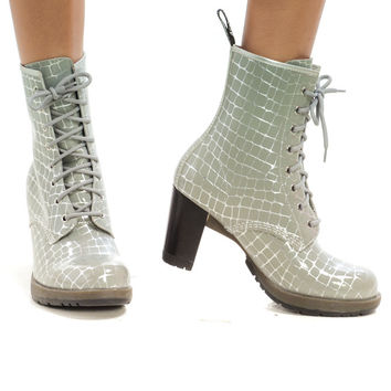 Not-Quite-Vintage Sexy Silver Lizard Heeled Docs - US 9