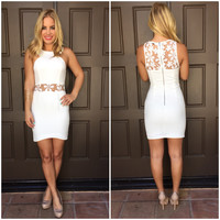 Daisy Trip Bodycon Dress - White