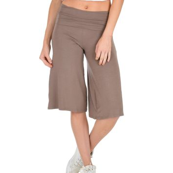 Lyss Loo On The Lounge Fold Over Gaucho Taupe Capri Pants