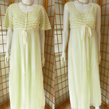 Peignoir Green Chiffon Negligee Nightie Set, Lacy Lingerie 2 PC Size S Louis Jean Vintage 1960s
