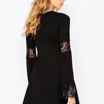 Black Lace Sitching Round Neck Long Sleeve Midi Swing Dress