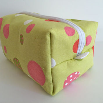 Boxy Bag Cosmetic Bag Toiletry Bag Travel bag Makeup Bag in Watermelon Polka