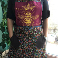 Screenprinted Bee Full Apron with Pockets God Save the Queen Cooking Baking Over Dress Apron