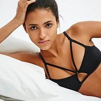 Sparkle & Fade Strap Front Bra in Black - Urban Outfitters