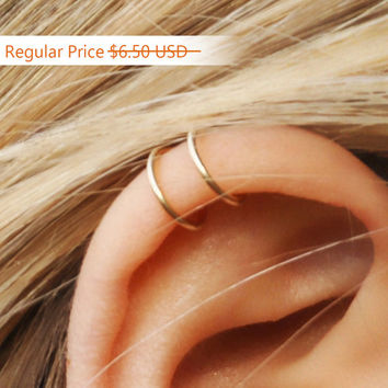 SALE, Tiny Double Wrap Ear Cuff, Ear Cuff, Fake Piercing, No Piercing, Double Cuff, Small Upper Ear Cuff, Cartilage Cuff, Dainty Ear Cuff
