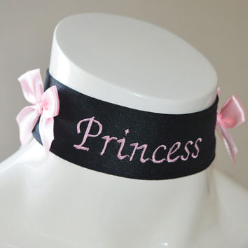 Kitten play collar - Embroidered Princess - black -  ddlg little princess kawaii cute neko lolita pet play - pink embroidery
