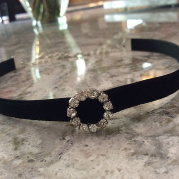 Rhinestone Circle Black Suede Choker Adjustable Necklace Trendy jewelry women's collar chocker Goth Elegant Dressy