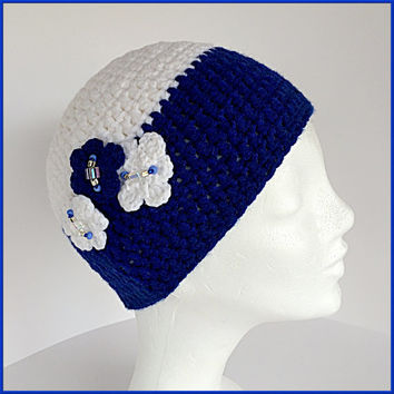 Girls winter beanie hat, Kids beanie, Flower beanie, White Girls beanie, Blue Girls hat, Chunky white hat, Blue winter hat, Kids beanie hat