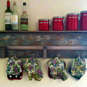 Pallet Coat Rack - Kitchen rack