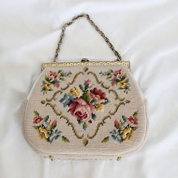 Vintage 1970s Floral Handmade Wool Needlepoint Handbag // Purse