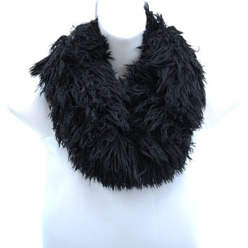 Shaggy Loop Scarf w/ Knitted Inside Surface - Black Color: Black