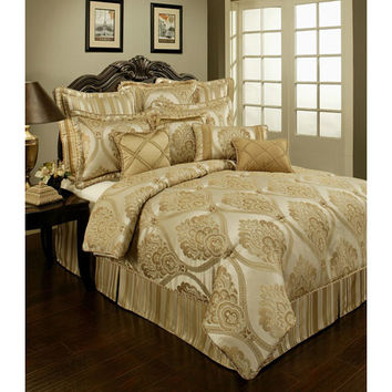Pacific Coast Home Furnishings Inc. TUS318868-Q Austin Horn Classics Tuscany Four-Piece Queen Bedding Collection