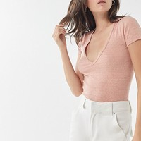 UO Girlfriend V-Neck Tee | Urban Outfitters