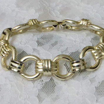 Lightweight, Silver Tone Link Bracelet, Vintage Round Links, Cross Hatch Links, Extra Nice Condition, Great Gift, For Her, Birthday