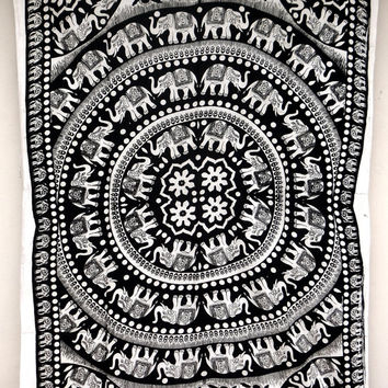 Twin tapestry Hippy Mandala Indian Wall Hanging Bohemian Queen Bedsheet Sofa Bedspread Hippie Wall Art Beach Coverlet College Dorm Decor