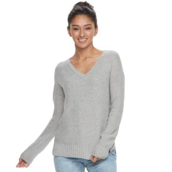 Juniors' SO® Raglan V-Neck Sweater | null