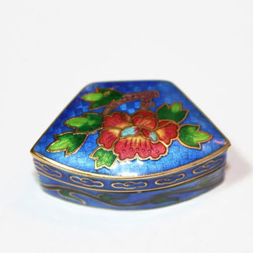 Vintage Cloisonne Pill Trinket Box, Pretty tree blossom pattern with blue enamel, hinged lid