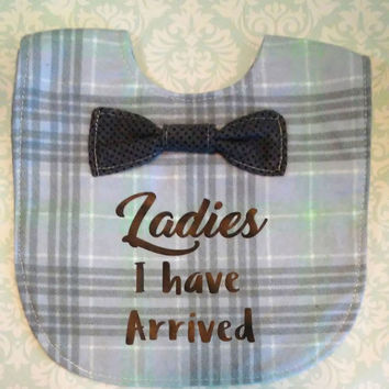 Bowtie baby bib, Ladies I have arrived bowtie food catcher, Gray, lime green and white bib, Sofisticated baby, Formal baby bib, Little flirt