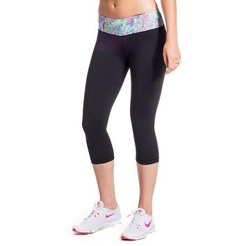 Cropped Run Runner Leggings in Scaled Back by Krass & Co. - FINAL SALE