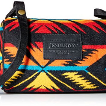 Pendleton Women's Dopp Bag with Strap, Arrow Path Black, One Size