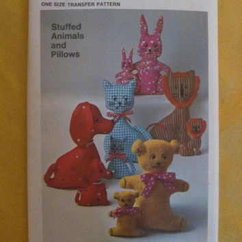 Uncut 1970's Simplicity Sewing Pattern, 9098! One Size Transfer Patterns, Stuffed Animals/Pillows, Home Decor, Kids Room, Toys/Cats/Dogs