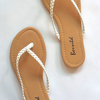 """Dani"" Simple Braided Flip Flop Flat Sandals - White"