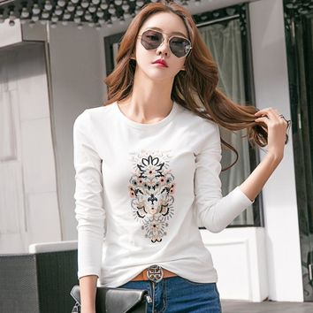 New 2018 Spring Female T-shirt O-neck Long Sleeve T Shirt Women Embroidery Fashion Design T-shirts Autumn Tops Tees Camisetas