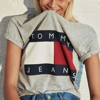 ONETOW Tagre FREE SHIPPING Tommy Hilfiger Tommy men and women classic tee shirt T-shirt